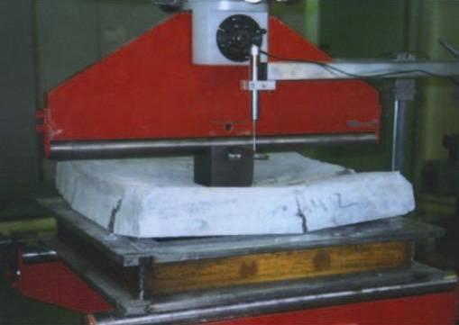 ensayo de rotura de placa UNE-EN-14488-5:2007